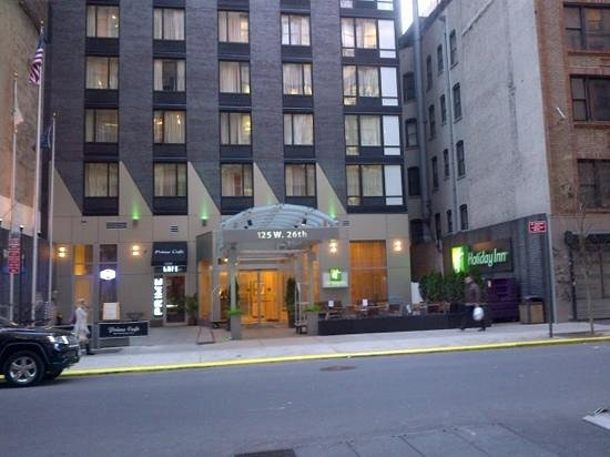 Holiday Inn NYC - Manhattan 6th Avenue - Chelsea: the front view of the hotel showing the main entrance