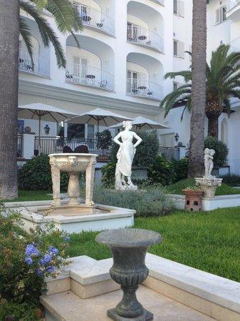 Terme Manzi Hotel & Spa: Hotel grounds