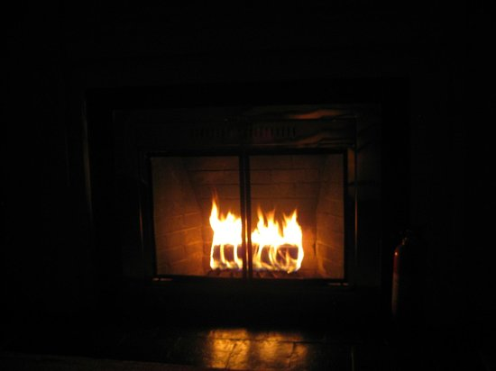 The Salem Inn: Fireplace