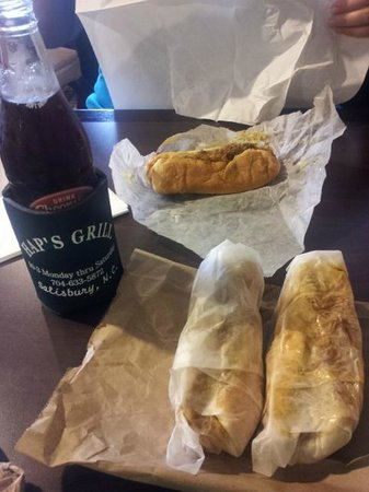 Hap's Grill: Cheerwine and a couple of dogs!