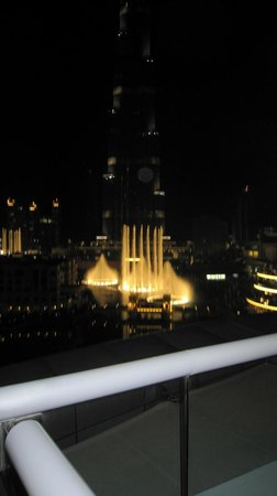 The Address Downtown Dubai: Fountains Show