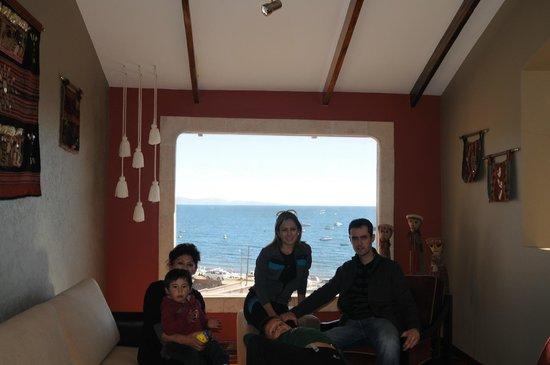 Hotel Rosario Lago Titicaca: Salon de la suite