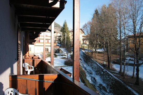 Monte Giner: Vista dalla camera e fiume di ghiaccio