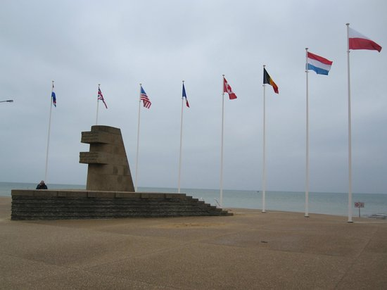 Saint-Aubin-Sur-Mer, France: Flags and Memorial Juno Beach April 2012