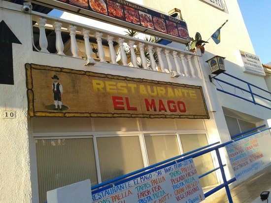 Outside El Mago