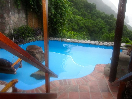 "Ladera Resort: ""plunging pool"""