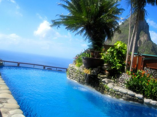Ladera Resort: Resort pool