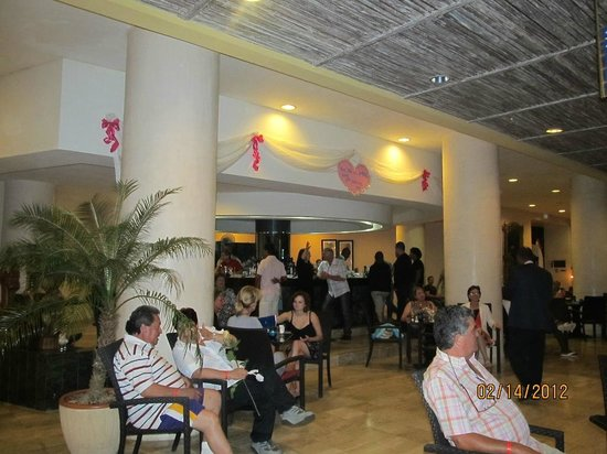 Melia Varadero: Piano bar