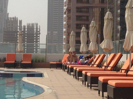 سيتي بريميير للشقق الفندقية: Pool 