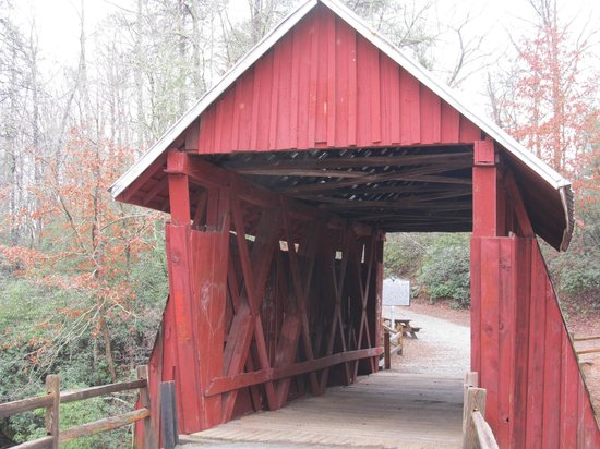 ‪‪Campbell's Covered Bridge‬: Front view‬