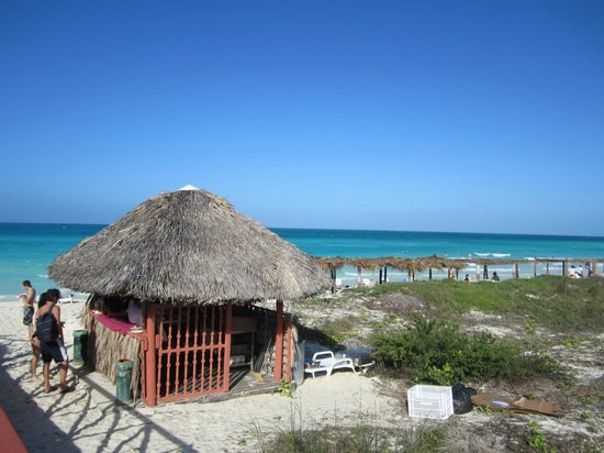 Royalton Cayo Santa Maria: Beach/Beach bar