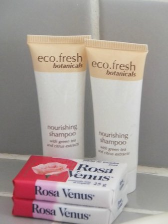 La Voile Rouge: Complimentary Toiletries