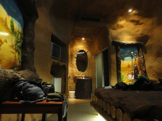 The Adventure Hotel : Jurassic Room