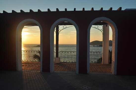Club Med Ixtapa Pacific: Sunset at the resort