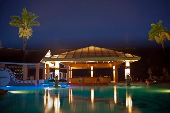 Sandals Negril Beach Resort & Spa: beautiful pool