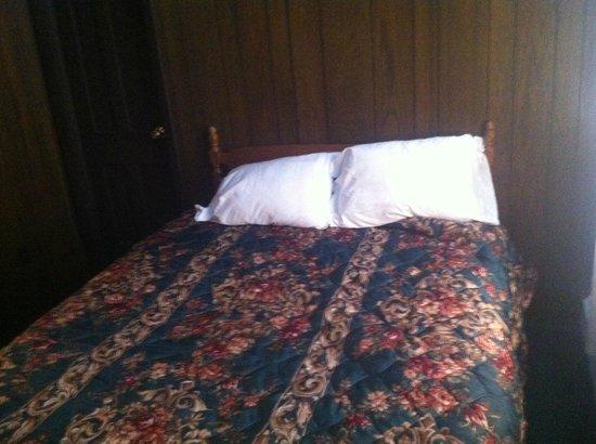 The Garrison: Bedroom