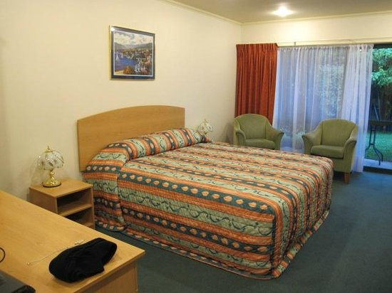 Aspen Court Motel - Twizel: Nice bed