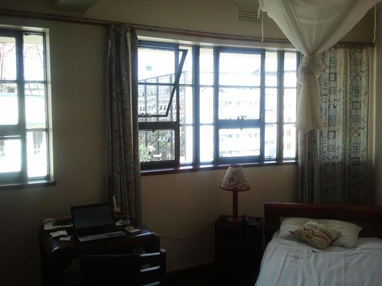 Kenya Comfort Hotel: 4th floor room
