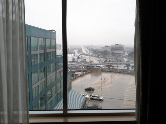 Sheraton Gateway Hotel in Toronto International Airport: View from The Window