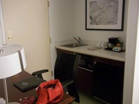 SpringHill Suites Los Angeles LAX/Manhattan Beach: coin frigo/micro-ondes/cafetière