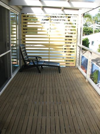 Tathra Beach House : Large balcony with the 2-bedroom townhouse