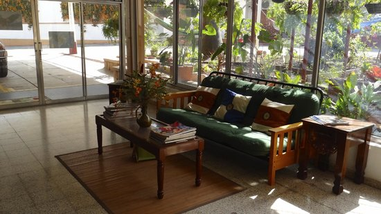 Econo Hotel Bed & Breakfast: lobby
