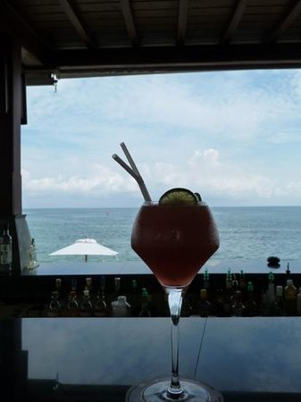 Pavilion Samui Villas & Resort: Cocktails at the Lookout bar