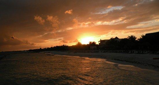 El Dorado Royale, by Karisma: Beautiful Sunset