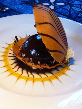 Mama's Fish House: Share a dessert: Black Pearl-Chocolate glazed ganache in a clamshell cookie.