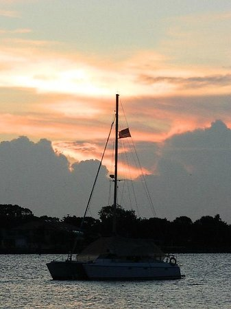 Bayfront Westcott House Bed & Breakfast: Beautiful Sunrise