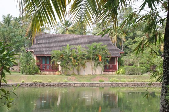 The Zuri Kumarakom: cottage