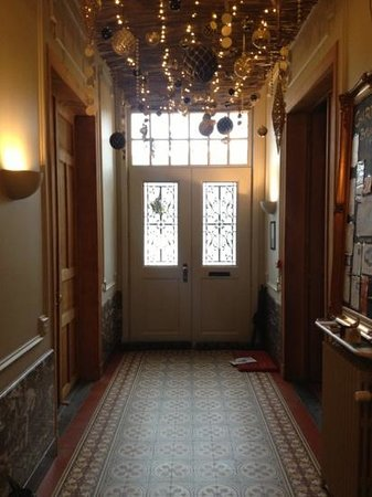Charming Brugge: beautiful entrance hall