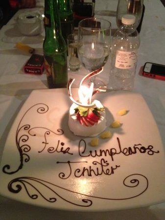 Le Reve Hotel & Spa: the gorgeous dessert they served me for my birthday!