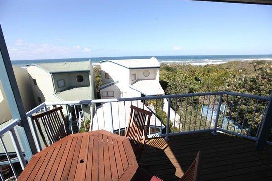 Castaway Cove: Beach Villa