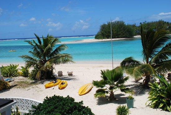Muri Beach Club Hotel: from the beach front room