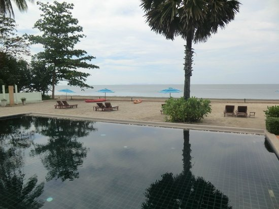 The Beach Boutique Resort:                   Hotel-Pool