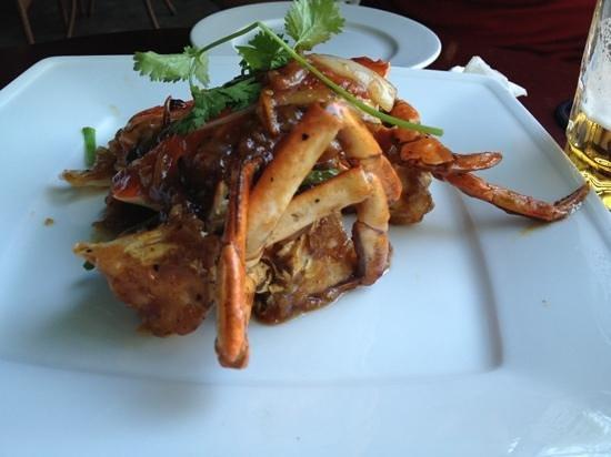 White Sail Bar & Restaurant: crab in tamarind