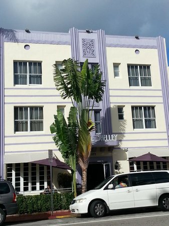 Hotel Shelley: Art deco building
