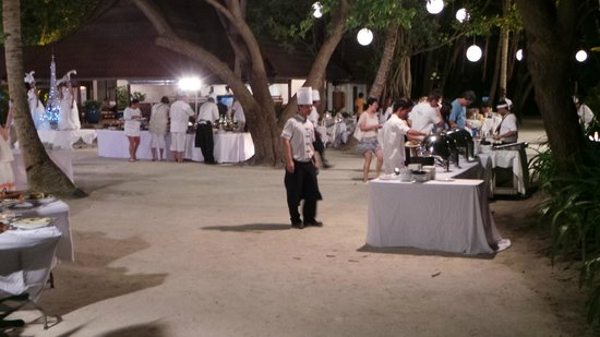 Club Med Kani: Diner sous les étoiles