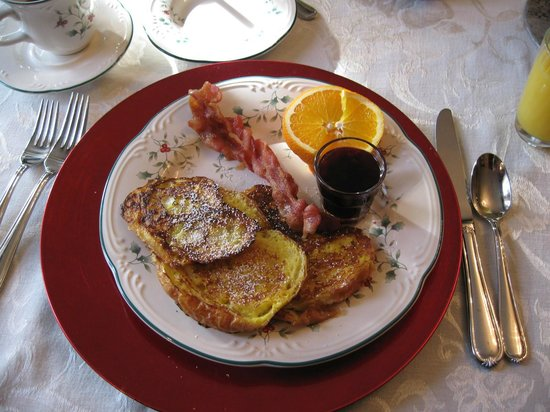 The Australian Walkabout Inn Bed & Breakfast: Croissant french toast with blueberry syrup, bacon, baked grapefruit (not pictured)