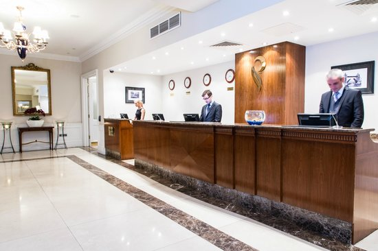 Park International Hotel: Reception