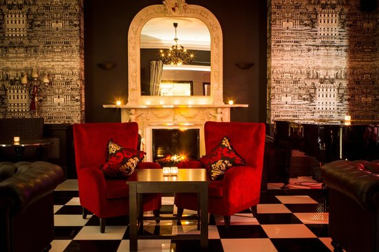 โรงแรมปาร์คอินเตอร์เนชั่นเนล: Piano Bar Lounge Area
