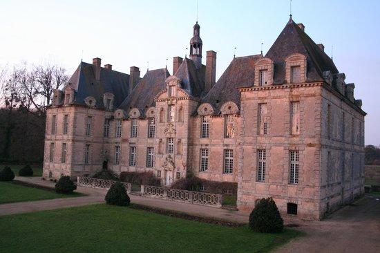 Chateau de Saint-Loup: Château principal