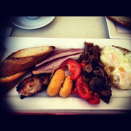 le petit deux: The Australian Breakfast