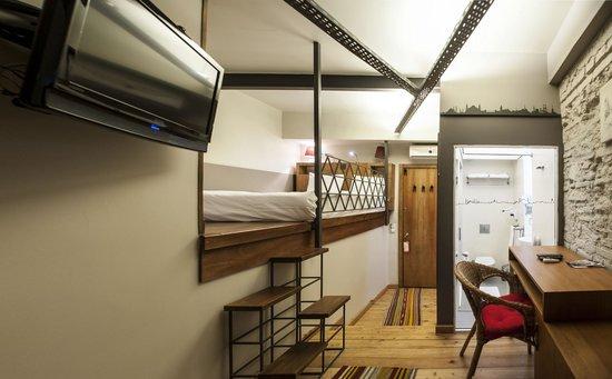 Peradays: double room 2