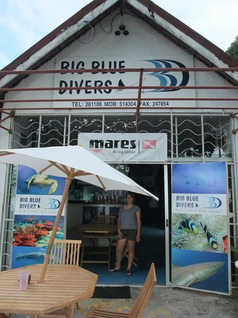 Big Blue Divers: Dive Center