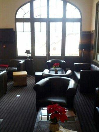 Golf Hotel : hotel bar 2 of 3