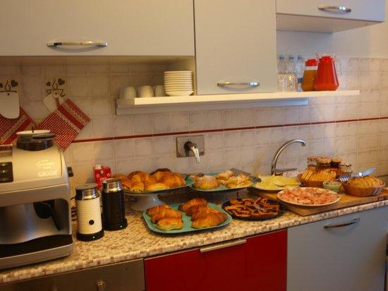 Pensione Duca : cucinetta colazione
