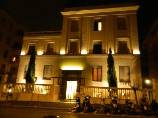 Relais 6: Hôtel