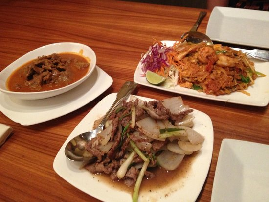 Photo of Asian Restaurant Pink Pepper at 1638 N La Brea Ave, Los Angeles, CA 90028, United States